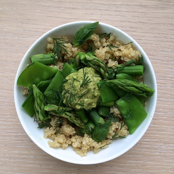Mulberry & Vine's Organic Quinoa with Spring Veggies and Herbs, Green Sriracha (photo courtesy of Mulberry & Vine)